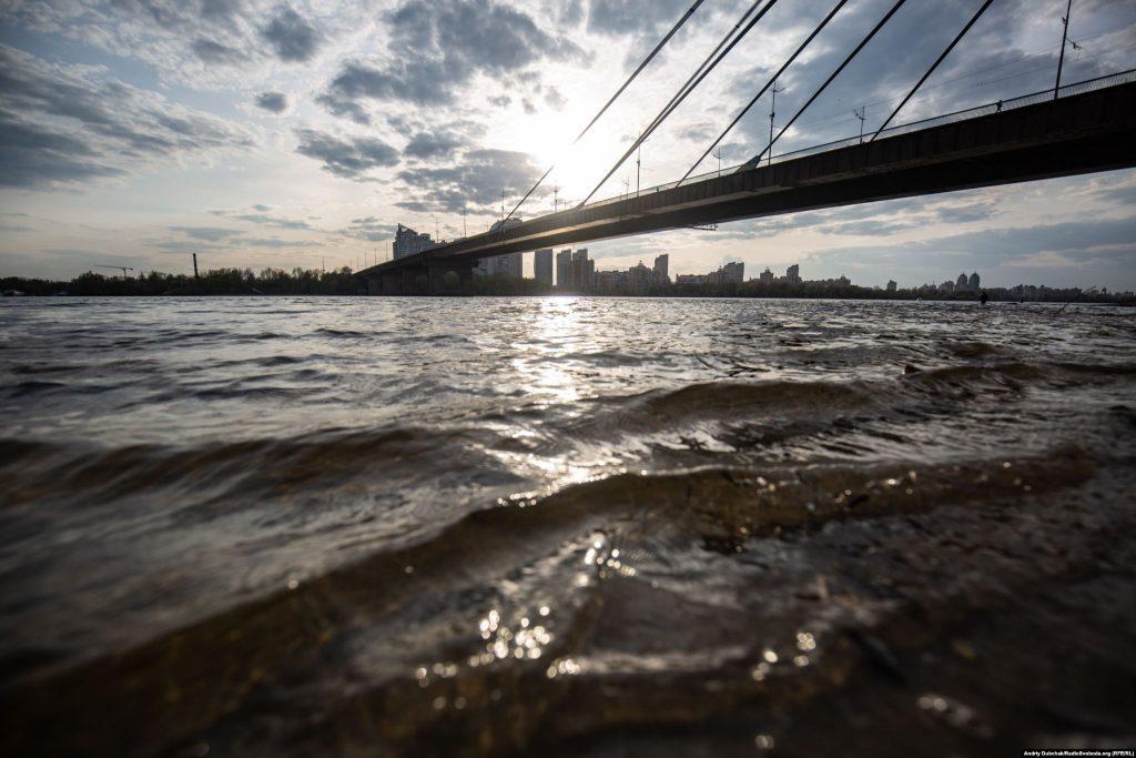 Дніпро та Північний міст на заході сонця. Фото - Андрій Дубчак